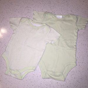 Unisex Baby Onesies 0-3 months one pieces green